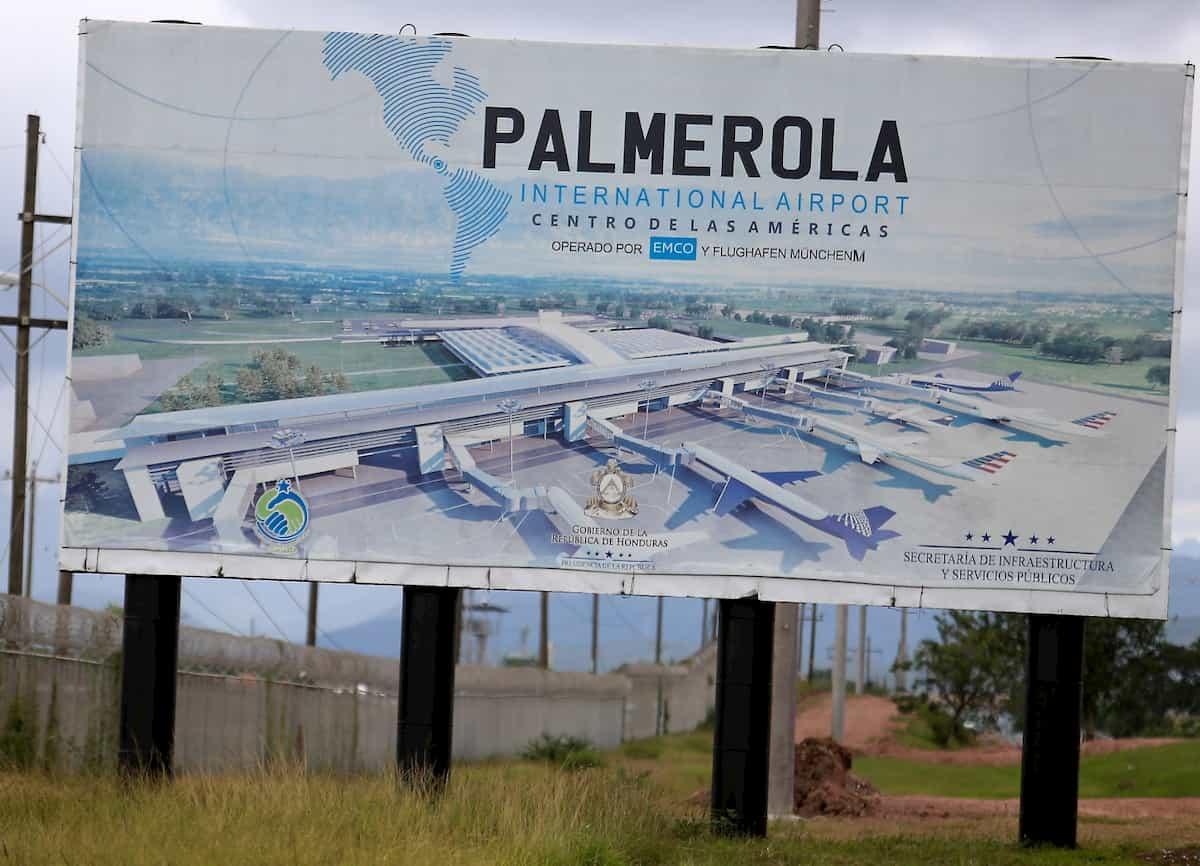 PALMEROLA Aeropuerto
