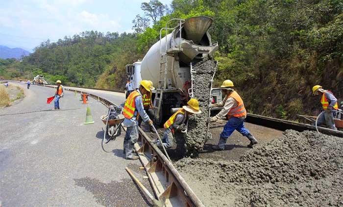 Construccion de carretera honduras