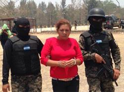 mujer-detenida