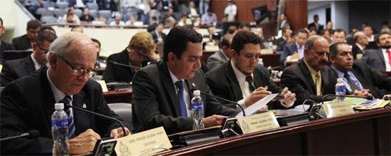 comision-multipartidaria