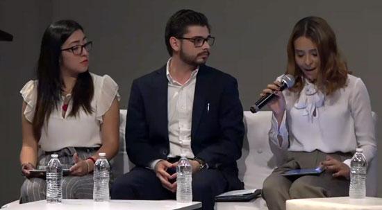 Jovenes panelistas Unitec