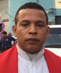Luis E
