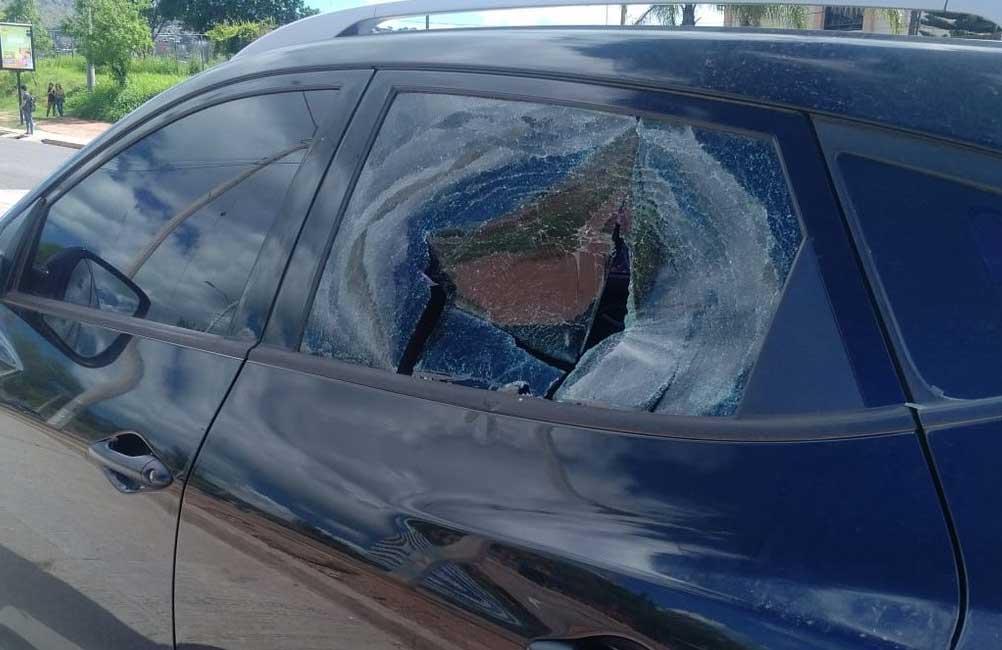 carro golpeado