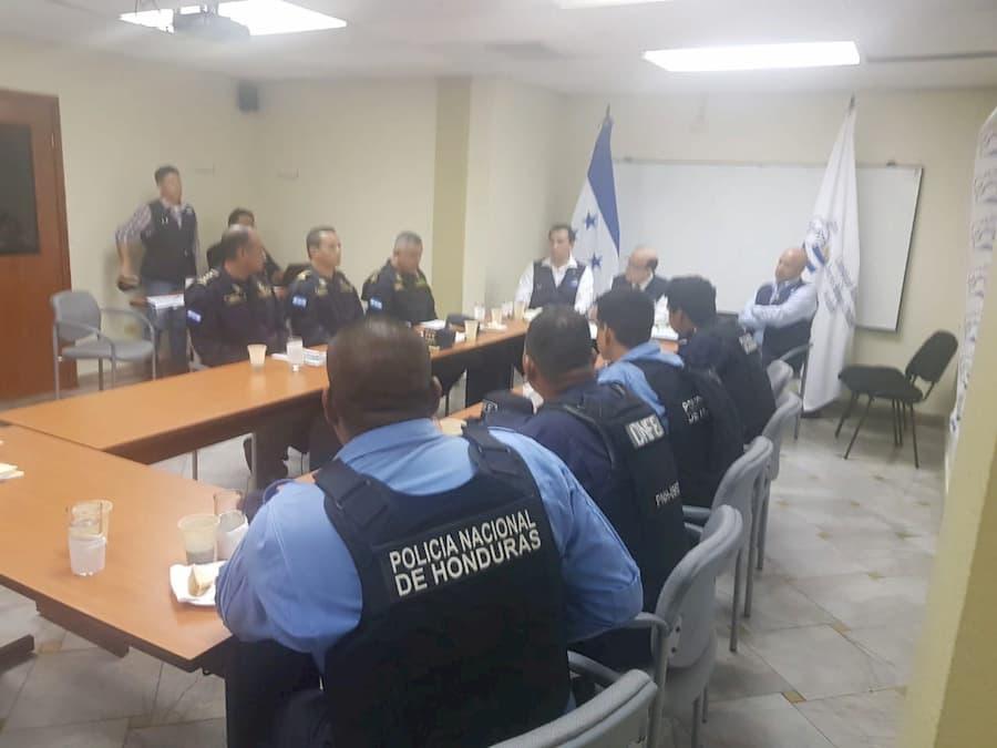 acuerdo con policías 1