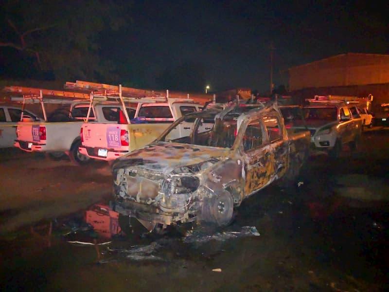 carros quemados EEH