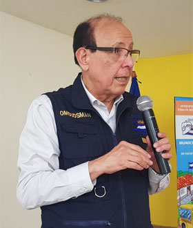Roberto H C