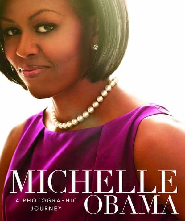3 FOTO MICHELLE BOOK