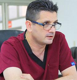 Dr Oscar Díaz