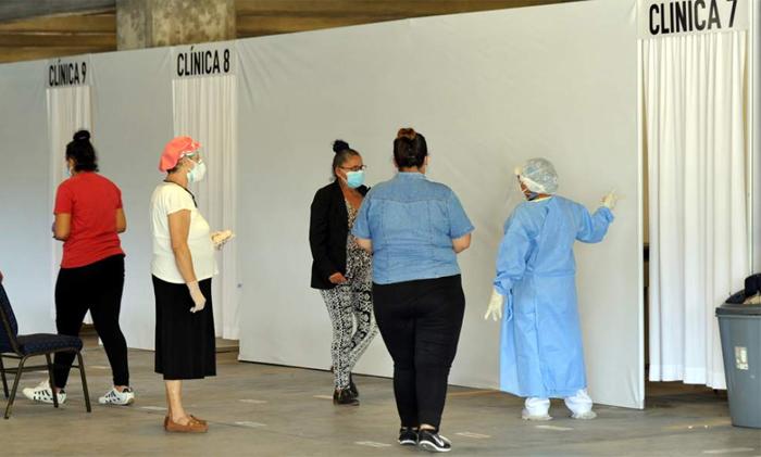 Una docena de personas en sala de estabilización del triaje del CCI en espera de cupo hospitalario | Proceso Digital