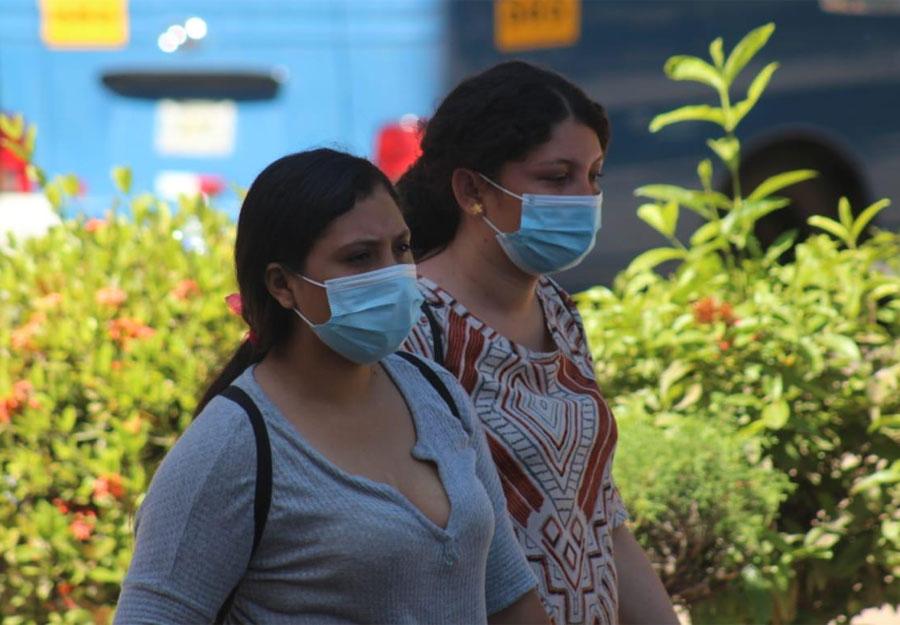 Jóvenes y ancianos, los extremos de la pandemia en Honduras | Proceso Digital