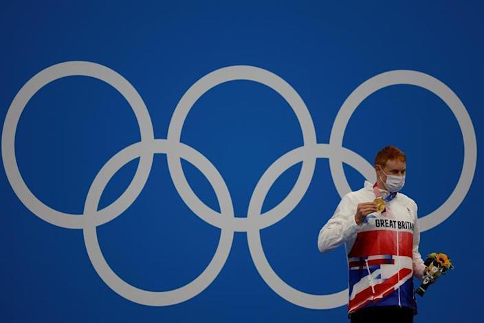 Tom Dean lidera el doblete británico en la final del 200 libre